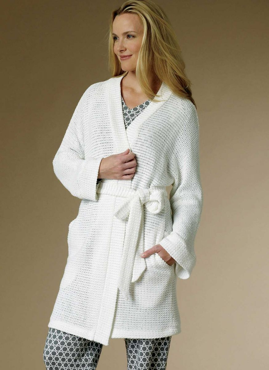 B6428 Butterick Schnittmuster Nachthemd Pyjama